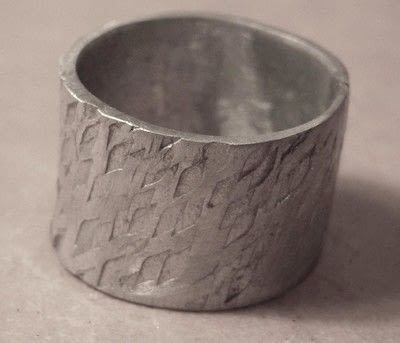 How to make jewelry. Soldering A Textured Pewter Ring - Step 10