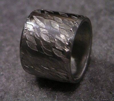 How to make jewelry. Soldering A Textured Pewter Ring - Step 11