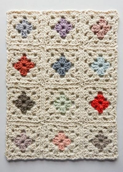 How to crochet a granny square blanket. Purl Soho's Granny Square Blanket in Gentle Giant - Step 3