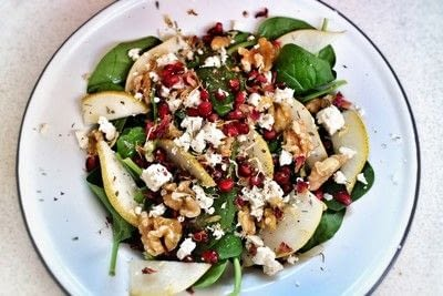 How to make a salad. Pear & Pomegranate Salad - Step 5
