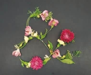 How to make a flowers & rosettes. Live Florals - Step 3