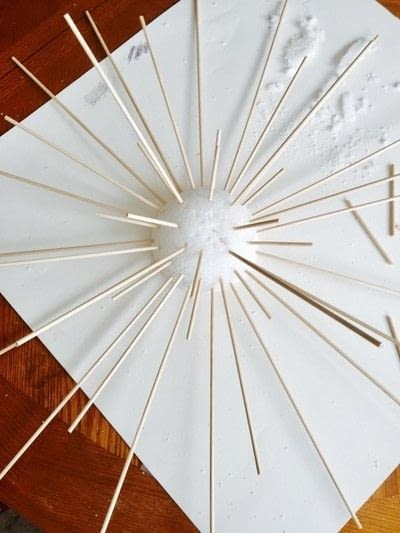 How to make a wall decal. Spring Sunburst - Step 4