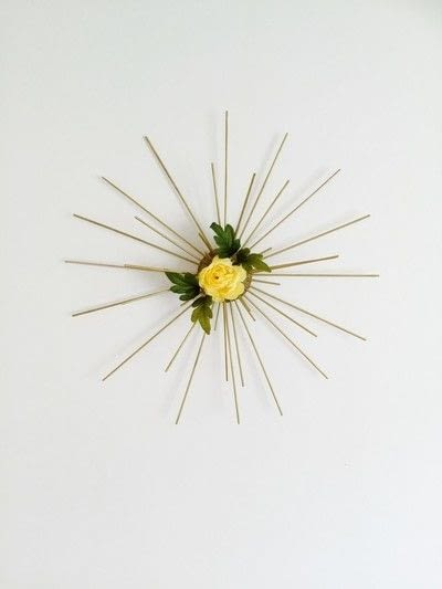 How to make a wall decal. Spring Sunburst - Step 5