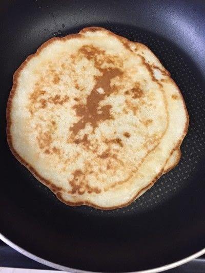How to cook a pancake. Banana Pancakes   Pancake Day Special <3 - Step 5