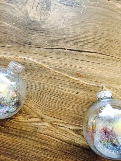 How to make a hanging. Hanging Winter Ornaments - Step 3