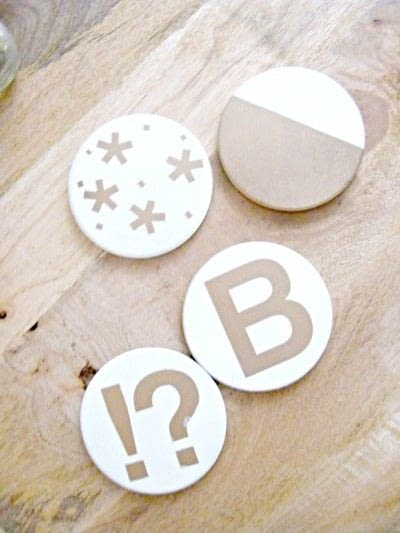 How to paint a painted coaster. Diy Gold And White Coasters - Step 3