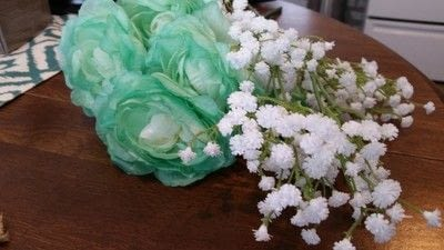 How to make a wreath. Minty Spring Grapevine Wreath - Step 1