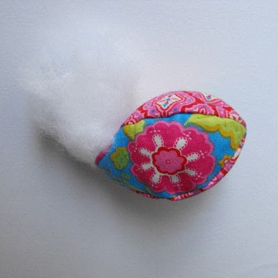 How to make a decorative egg. Fabric eggs - Step 4