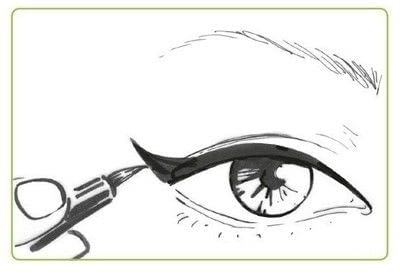 How to create a cat eye. The Feline Flick - Step 4
