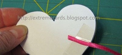 How to make a greetings card. Conversation Heart Circle Card - Step 6