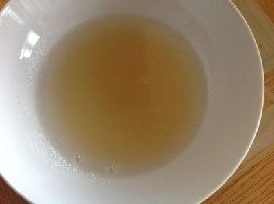 How to make a panna cotta. Coconut Panna Cotta - Step 1