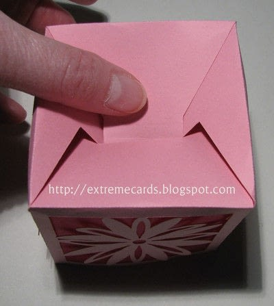 How to make a lantern. Daisy Votive Lantern - Step 4