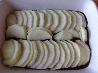 How to bake an apple cake. Apple Upside Down Cake - Step 3