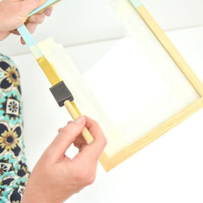 How to paint a painted photo frame. Wooden Frame Makeover - Step 2