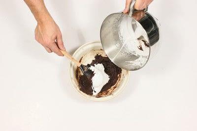 How to bake a macaron. Chocolate, Maple & Bacon Macaroons - Step 7
