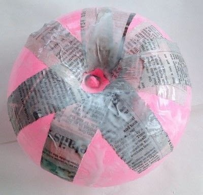 How to make a decoration. Decoupage Napkins On Paper Mache Vases - Step 2