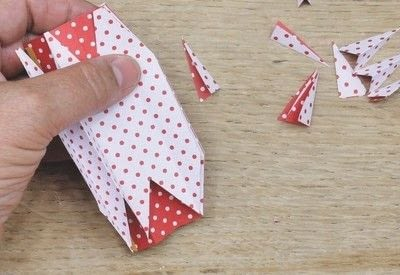 How to fold an origami shape. Ribe Paper Star - Step 13
