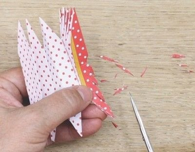 How to fold an origami shape. Ribe Paper Star - Step 16