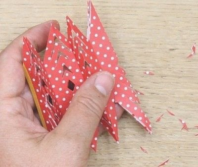 How to fold an origami shape. Ribe Paper Star - Step 19