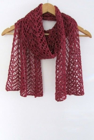 How to make a shawl. Simple Lace Knit Scarf - Step 5