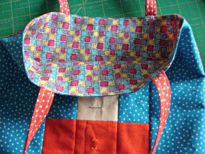 How to sew a patchwork tote. Easy Peasy Mini Tote Pattern - Step 9