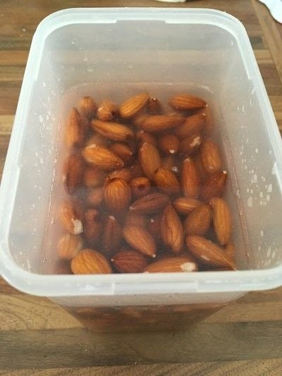 How to make a milk. Almond Milk - Step 1