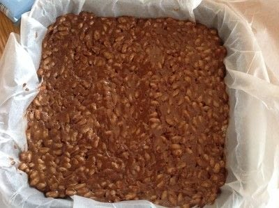 How to bake a bar / slice. Peanut Butter Crunch Bars - Step 3