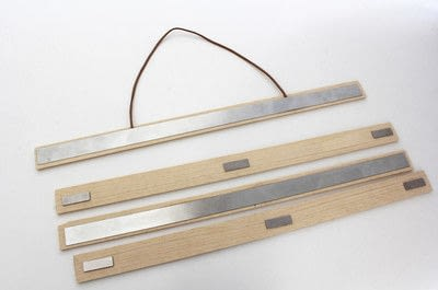 How to make a frame / photo holder. Poster Hanger - Step 3