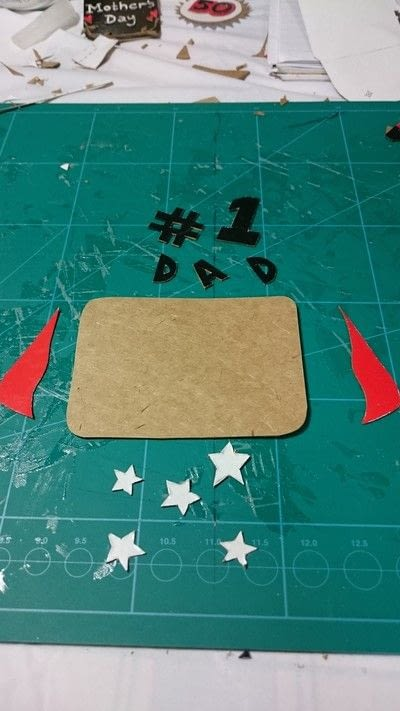 How to cut a piece of papercutting. 3 Different Gift Tags From One Coke Zero Box  - Step 9