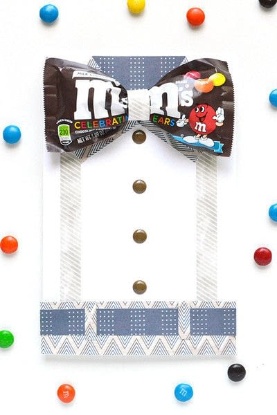 How to make a greetings card. M&Ms Bow Tie Card For Father's Day - Step 7