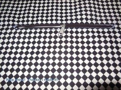 "How to make a zipper pouch. Inside Zipper Pocket For Your ""TA-DA"" bag! - Step 2"