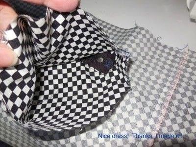 "How to make a zipper pouch. Inside Zipper Pocket For Your ""TA-DA"" bag! - Step 3"