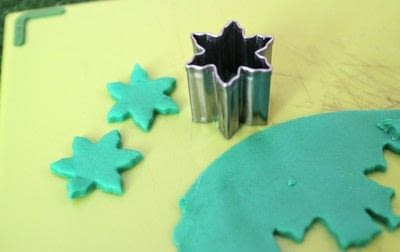 How to make decorative tablewear. Fondant Succulents - Step 2