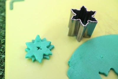 How to make decorative tablewear. Fondant Succulents - Step 3