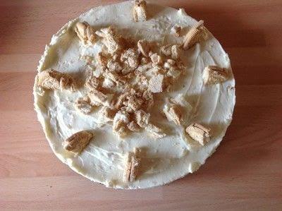 How to bake a cheesecake. Two Oreo Cheesecake  - Step 8