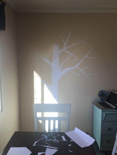 How to make wall decor. Fun Tree String Art - Step 1