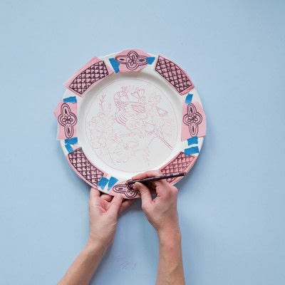 How to make a plate. DIY Delftware - Step 6