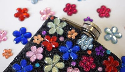 How to make a party supply. Diy Customised Hip Flask With Glitter & Gems - Step 2