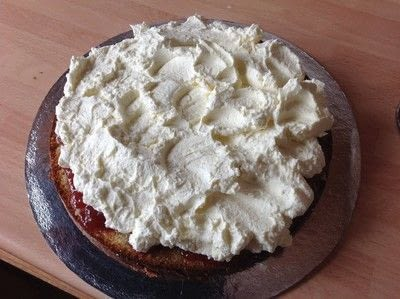 How to bake a sponge cake. Victoria Sandwich Cake - Step 11