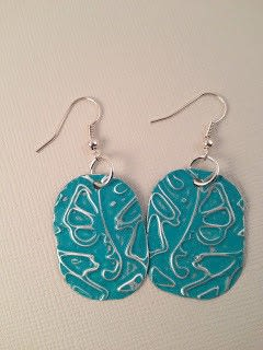 How to make a pair of recycled earrings. Aluminum Can to Fashionable Earrings Tutorial - Step 4