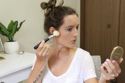 How to create a tan or contour makeup. How To Contour - Step 2