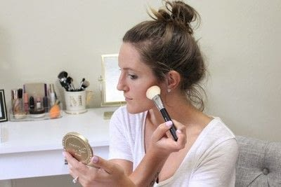 How to create a tan or contour makeup. How To Contour - Step 3