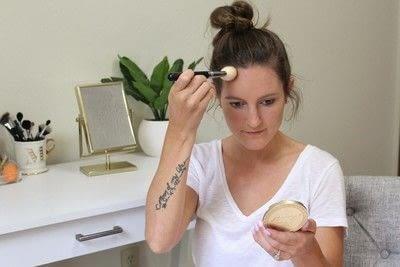 How to create a tan or contour makeup. How To Contour - Step 4