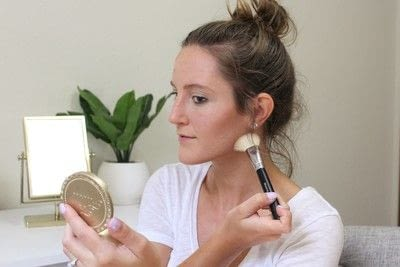 How to create a tan or contour makeup. How To Contour - Step 5
