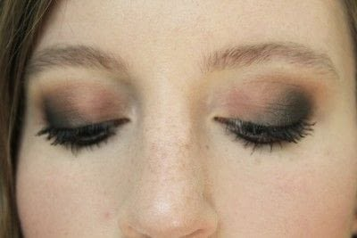 How to create a smokey eye. Smokey Eye - Step 8
