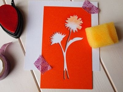 How to make a greetings card. Floral Stencil Card - Step 2