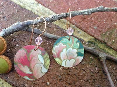 How to make a pair of recycled earrings. Recycled Tin Earrings - Step 7