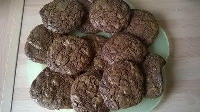 How to bake a chocolate cookie. Triple Chocolate Cookies - Step 9