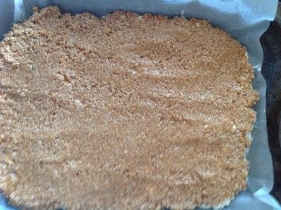 How to bake a bar / slice. Samoa Rice Krispy Treat - Step 8