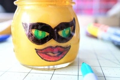 How to make a jar. Lego Superhero Jar - Step 6